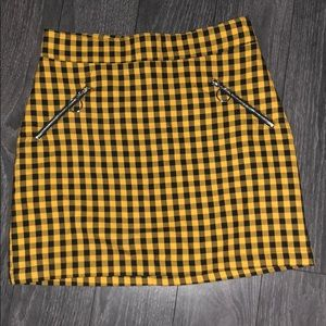 Forever 21 plaid gingham skirt